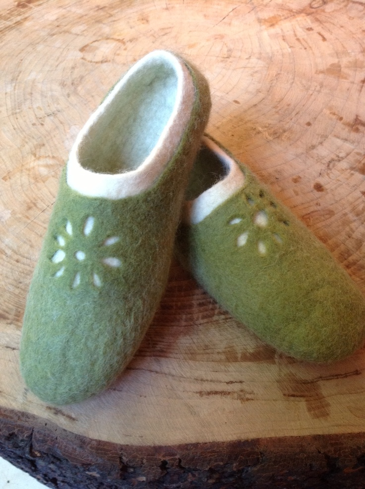 instructions on how to make mukluks